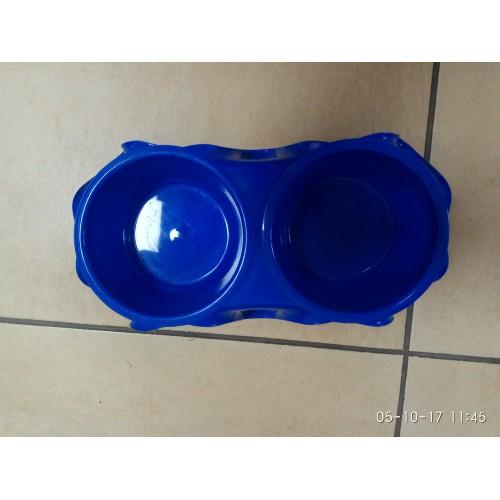 Подставка с мисками пластиковая №С (2*0,5л.)